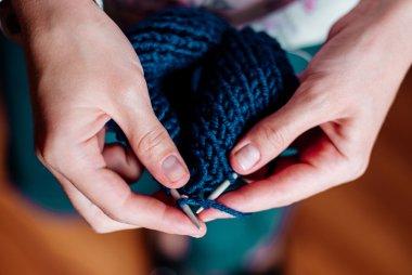 knitting benefits